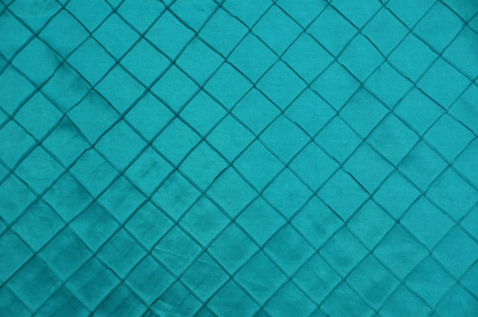 Teal Diamond Pin tuck Table Cloth